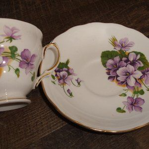Royal Vale bone china teacup saucer violets